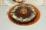 Шаг 17. Украсить торт кокосовой стружкой и сухими цитрусовыми.
