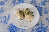Готовое блюдо: белковый блин с творогом и зеленью