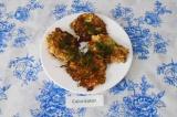 Готовое блюдо: оладушки из кабачков и овсянки