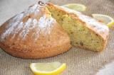 Готовое блюдо: кекс с орехами и лимонной цедрой