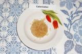 Шаг 1. Залить желатин холодной водой для набухания. Оставить на 10 минут.