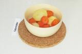 Шаг 6. Морковь и картофель отварить на пару в течение 20 минут.