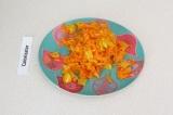 Шаг 8. Добавить к нуту припущенные овощи и картофель. Варить 3 минуты.