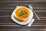Готовое блюдо: гороховый суп с сыром