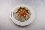 Готовое блюдо: галета ржаная с томатами