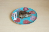Готовое блюдо: грушевый пирог с карамелью