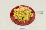 Готовое блюдо: картофель запеченный в рукаве с сыром