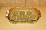 Шаг 8. Сформировать котлетки и отправить в духовку при 170 градусах на 30 минут.