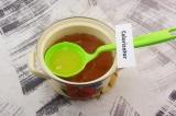 Шаг 7. Свежевыжатые соки добавить в напиток.