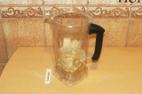 Шаг 5. Смешать тофу с семенами льна и соком мандарина.