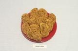 Готовое блюдо: бутерброды с паштетом из фасоли и грибов