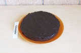 Шаг 11. Покрыть кекс и дать немного застыть либо подавать сразу.