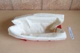 Шаг 5. Один лист лаваша выложить в форму, чтобы свисали края.