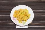 Готовое блюдо: рис с кабачком на кокосовом молоке