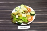 Готовое блюдо: барбекю из кабачка с картофелем