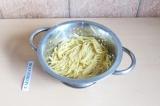 Шаг 6. Отварить макароны.