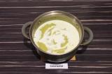 Шаг 7. Измельчить суп блендером, добавить сливки и довести до кипения.
