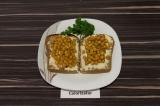 Бутерброды с нутом и сыром