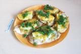 Готовое блюдо: курица с ананасом и сыром