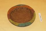 Шаг 6. Распределить тесто по форме, формируя бортики.